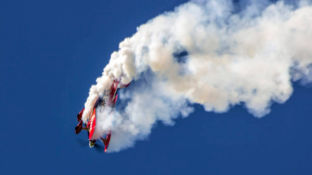 Smoke Oil The Essence Of Every Air Show Warter Aviation